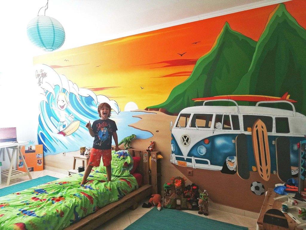 Graffiti em quarto de criança